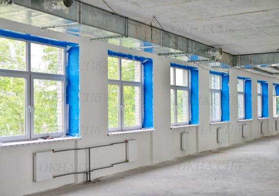 остекление здания в кировске вид 2