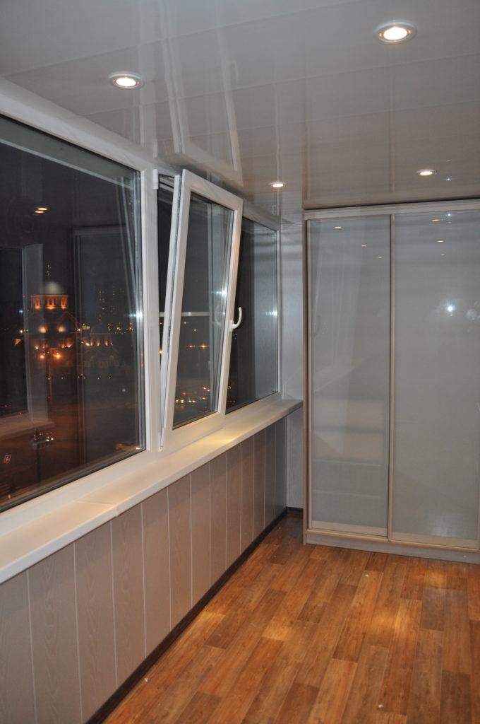 установка пластиковых окон на балкон