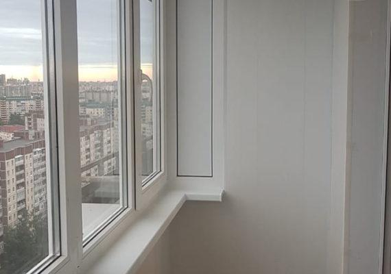 остекление балкона на проспекте Руставелли